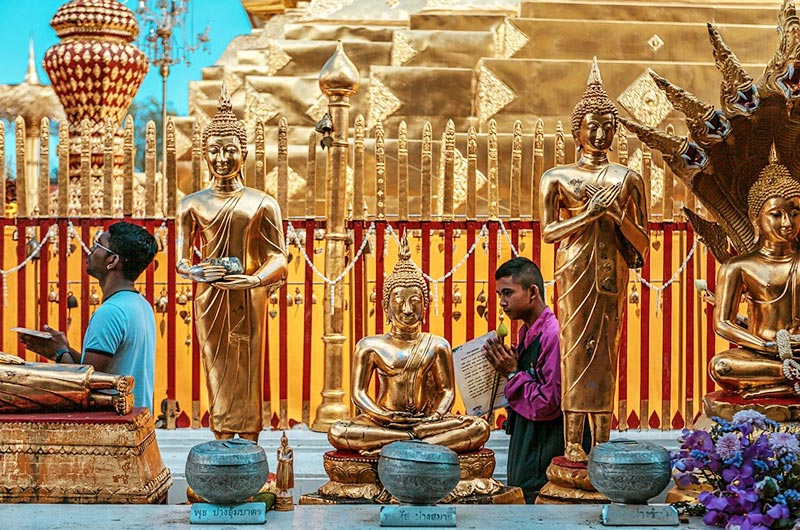 Praying at Doi Suthep in Chang Mai
