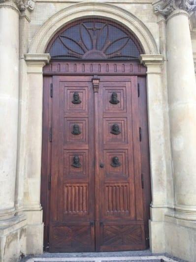 Doors - Door