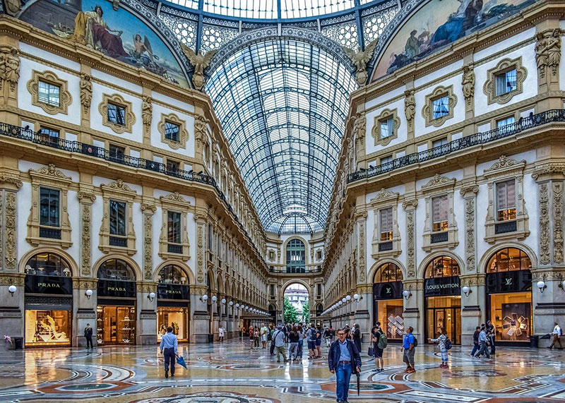 Shop in Galleria Vittorio Emanuele II in Milan