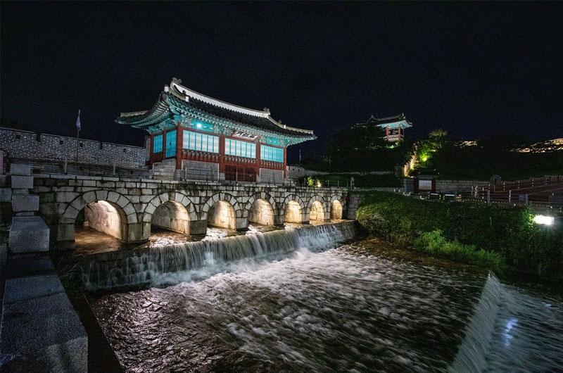 Hwahongmun Gate in Suwon
