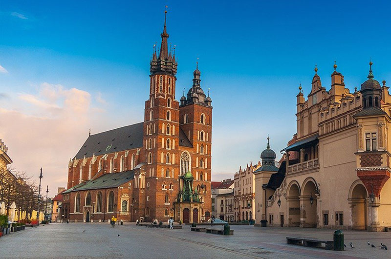 St Mary's Church in the main market square of Krakow
