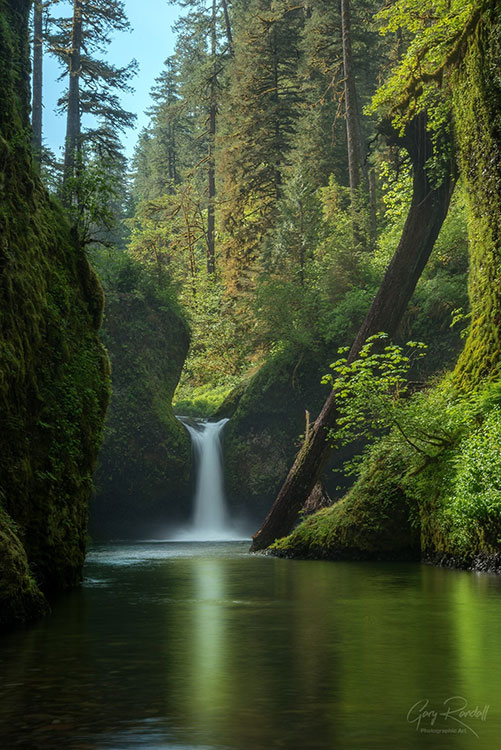 Waterfalls at Columbia River Gorge, Pacific Northwest   Photography by Gary Randall