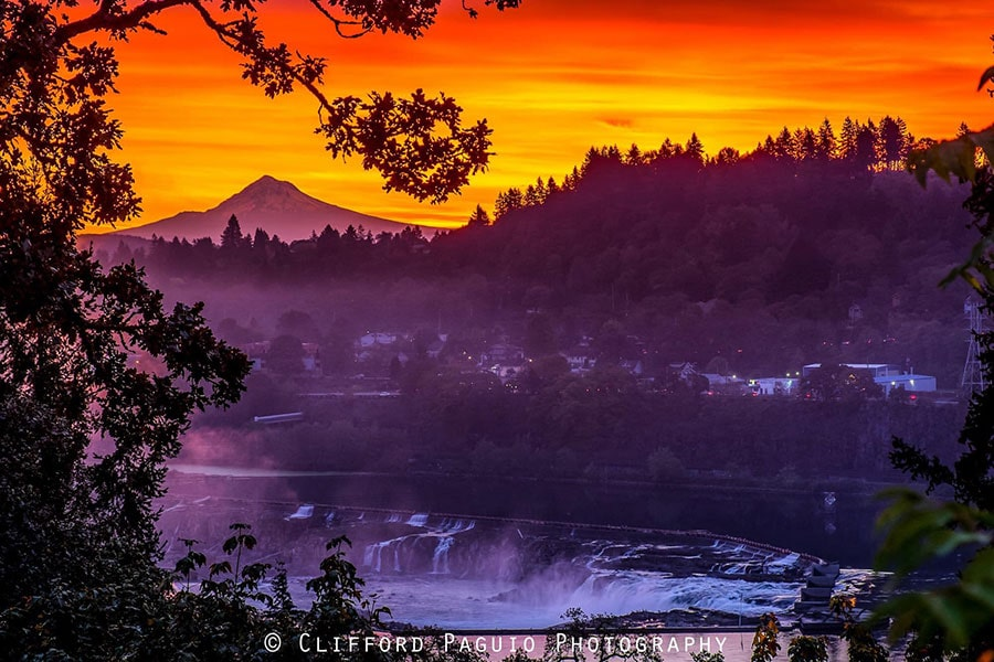 Sunrise with Mt.Hood at Willamette Falls