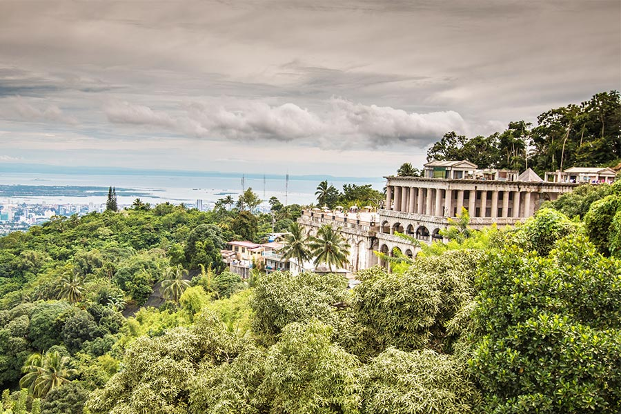 Visit Temple of Leah on Cebu Island
