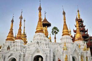 Shwedagon Pagoda - Best things to see in Yangon